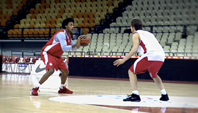 Nike Basketball - Signature Moves - Olympiacos - GB